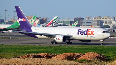 N102FE - Boeing 767-3S2F(ER) - FedEx