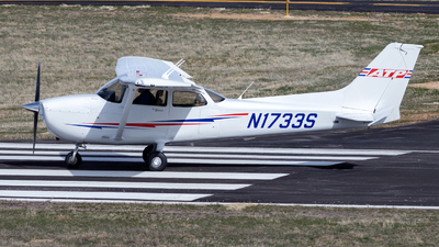 N1733S - Cessna 172S Skyhawk SP - ATP Flight School