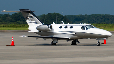 A picture of N12HL - Cessna 510 Citation Mustang - [5100254] - © Devin R