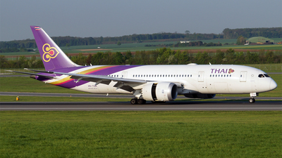 HS-TQA - Boeing 787-8 Dreamliner - Thai Airways International