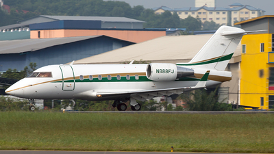 A picture of N888FJ - Bombardier Challenger 601 - [5178] - © Hon Kit