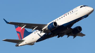 N880RW - Embraer 170-100LR - Delta Connection (Republic Airlines)