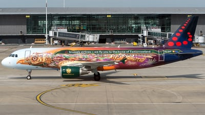 OO-SNF - Airbus A320-214 - Brussels Airlines