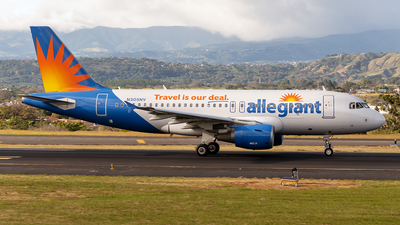 A picture of N305NV - Airbus A319112 - Allegiant Air - © Cristian Quijano