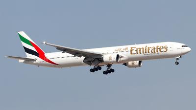 A6-EMR - Boeing 777-31H - Emirates