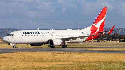 VH-VXK - Boeing 737-838 - Qantas