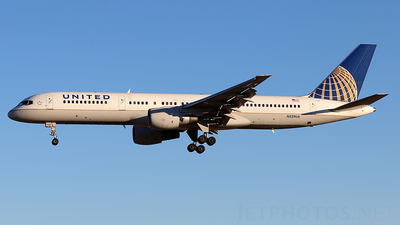 A picture of N529UA - Boeing 757222 - [25019] - © Joshua Ruppert