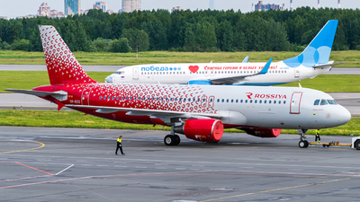 A picture of VPBZQ - Airbus A320214 - Rossiya - © Alexander Lebedev