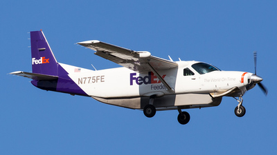 A picture of N775FE - Cessna 208B Super Cargomaster - FedEx - © Peter Reading