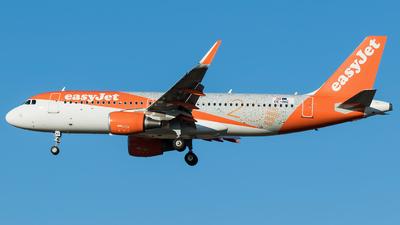 OE-INQ - Airbus A320-214 - easyJet Europe