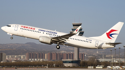 A picture of B1318 - Boeing 73789P - China Eastern Airlines - © Boeinging