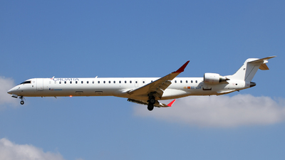 EC-LJT - Bombardier CRJ-1000 - Croatia Airlines (Air Nostrum)
