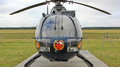 87-28 - MBB Bo105M - Germany - Army