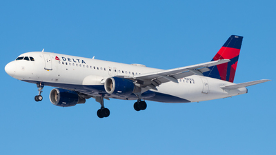 A picture of N321US - Airbus A320211 - Delta Air Lines - © Davin Amy