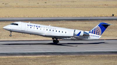 A picture of N976SW - Mitsubishi CRJ200LR - United Airlines - © HA-KLS