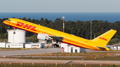 D-ALES - Boeing 757-2Q8(PCF) - DHL (European Air Transport)