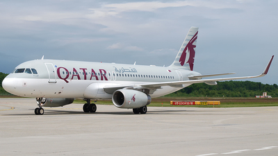 A7-AHP - Airbus A320-232 - Qatar Airways