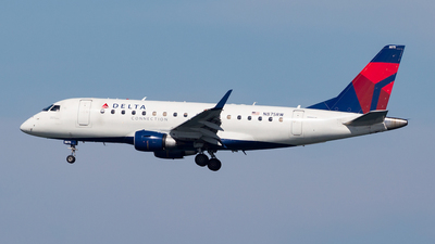 N875RW - Embraer 170-200LR - Delta Connection (Republic Airlines)