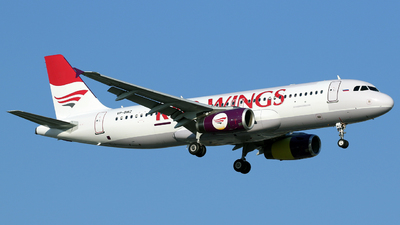 VP-BWZ - Airbus A320-233 - Red Wings
