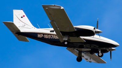 HP-1697RR - Piper PA-34-200T Seneca II - Aires Aviation