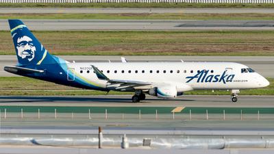 A picture of N620QX - Embraer E175LR - Alaska Airlines - © global_flyer1