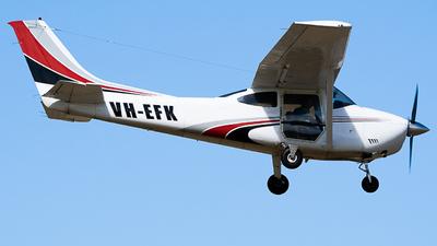 VH-EFK - Cessna 182P Skylane - Private