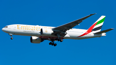 A picture of A6EWI - Boeing 77721H(LR) - Emirates - © Hagin Busto