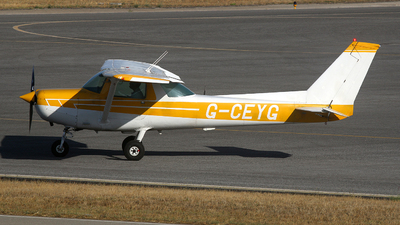 G-CEYG - Cessna 152 II - Private