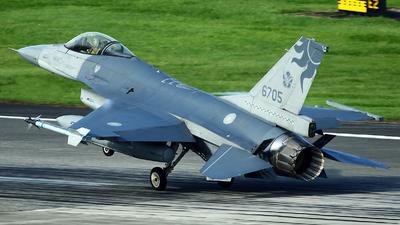 6705 - General Dynamics F-16A Fighting Falcon - Taiwan - Air Force