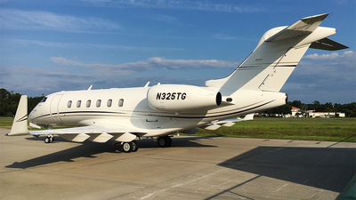 N325TG - Bombardier BD-100-1A10 Challenger 300 - Private