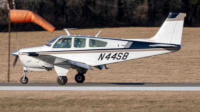 N44SB - Beechcraft F33A Bonanza - Private