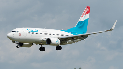 A picture of LXLBT - Boeing 7377K2 - Luxair - © Philippe Ardin