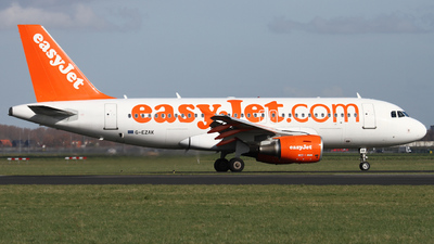 A picture of GEZAK - Airbus A319111 - easyJet - © Y. Weidlich