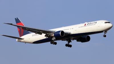 N834MH - Boeing 767-432(ER) - Delta Air Lines
