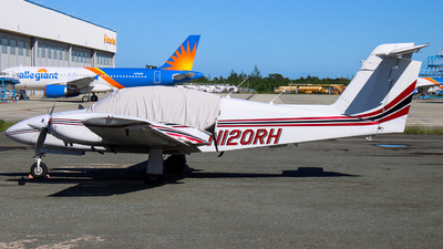 N120RH - Piper PA-44-180 Seminole - Private