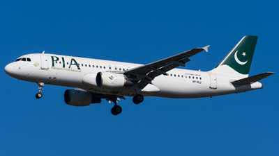 A picture of APBLU - Airbus A320214 - Pakistan International Airlines - © Rana Suhaib