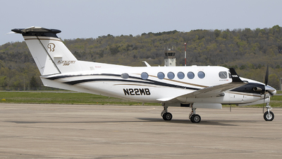 A picture of N22MB - Beech B200GT King Air 250 - [BY258] - © Andrew Hutnyan