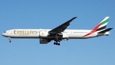 A6-EBR - Boeing 777-31HER - Emirates