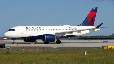 A picture of N128DU - Airbus A220100 - Delta Air Lines - © Mark Szemberski