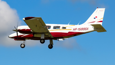 HP-1599SX - Piper PA-34-200T Seneca II - Private