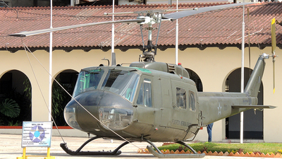 100 - Bell UH-1H Iroquois - Guatemala - Air Force