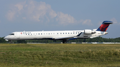 A picture of N330PQ - Mitsubishi CRJ900LR - Delta Air Lines - © DJ Reed - OPShots Photo Team