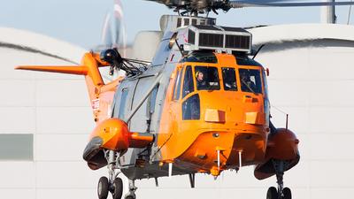 XV666 - Westland Sea King HU.5SAR - United Kingdom - Royal Navy