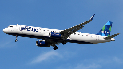 A picture of N979JT - Airbus A321231 - JetBlue Airways - © Huy Do