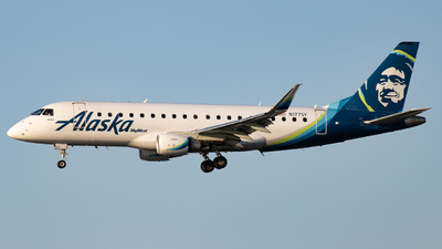 A picture of N177SY - Embraer E175LR - Alaska Airlines - © Jack Jarzynka