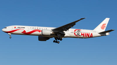 A picture of B2006 - Boeing 77739L(ER) - Air China - © Sebastian Shen