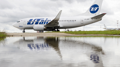 VP-BYK - Boeing 737-524 - UTair Aviation