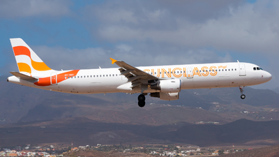 OY-VKC - Airbus A321-211 - Sunclass Airlines