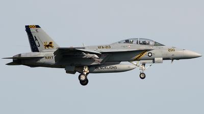 166638 - Boeing F/A-18F Super Hornet - United States - US Navy (USN)
