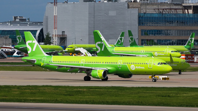 A picture of VQBQI - Airbus A321211 - S7 Airlines - © Kirill Mushak